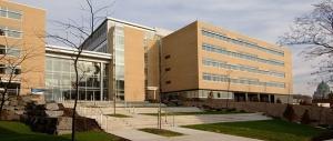 Pavillon Jean Coutu et Marcelle Coutu, Faculté de pharmacie de l'Université de Montréal, source: Google Maps.